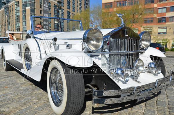 NY Rolls Royce Convertible Limousine Wedding Rental